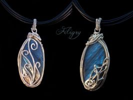 Ocean Blue Labradorite - Double Sided Pendant by FILIGRY