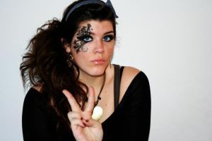 Peace, Love, and Makeup by xxstrike0uttt