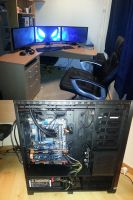 Work / Gaming rig by Tassadoul