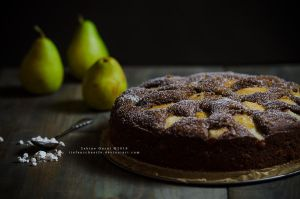 Pear and chocolate by Tiefenschaerfe