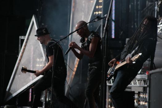 Skunk Anansie Knebworth 2010 by vivid-i-photography