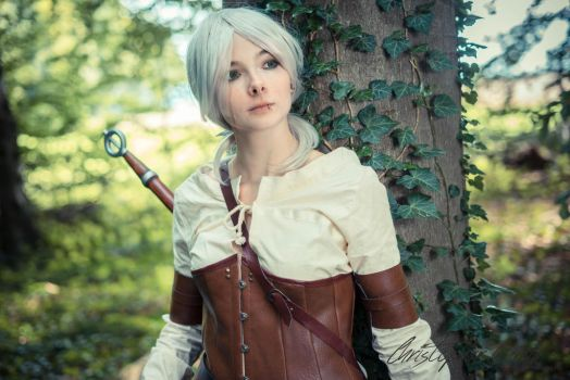 Witcher 3 Ciri Cosplay by LacrimaraCosplay