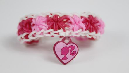 Barbie Logo Rainbow Loom Starburst by MissTopaz
