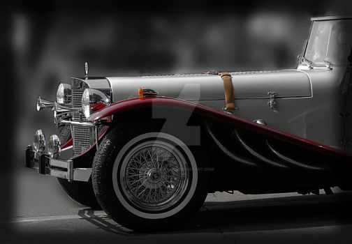 Antique car in parade by houstonryan
