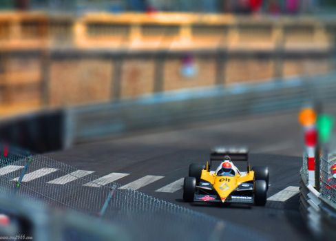 F1 Classic (tilt shift) by craft666