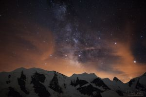 The burning Milky Way by LinsenSchuss