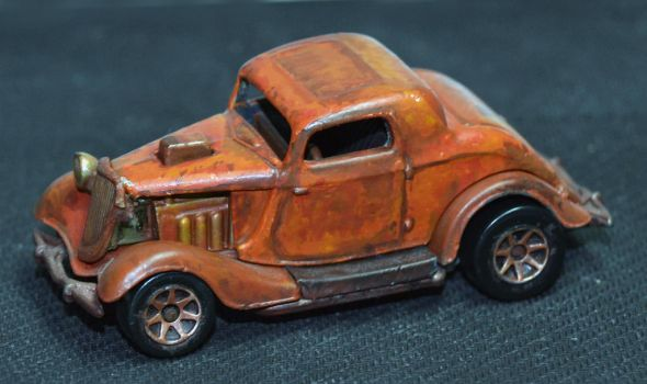Rusty Ford by happymouse666