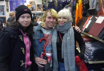 Kat, Jason and Katy Manning at the Who Shop. by Londonexpofan