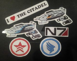 Mass Effect Magnets by QueenJellybeany