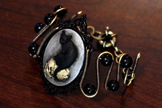Steampunk Victorian Cat Bracelet by CatherinetteRings