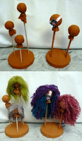 Wig Stand by BeanSproutMomo
