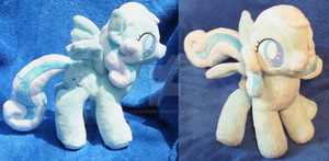 Snowdrop Plush by kiashone