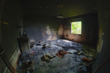 Abandoned farm - Scorched room 1 by ExaVolt