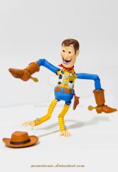 Woody Anormal by memetronic