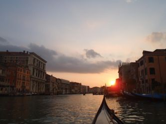 sunset in Venice... by Julie-annaBares
