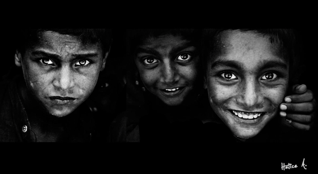 3 faces 2 smiles by HaticeAvci