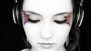 Butterfly Colour by KlairedeLys