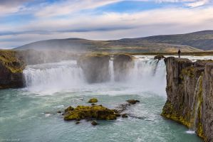 Godafoss Traveler by Dave-Derbis