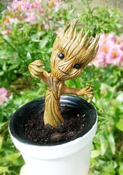 GotG: Baby Groot close up by CraftCandies