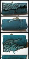 Fairy wing leather pouch by morgenland