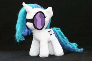 Vinyl Scratch with Glasses by DraglaPlushies