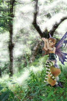 Fly Away Fairy Figurine from Lisa Parker by nemesisnow23