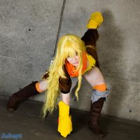 Yang Xiao Long by MeahowCosplay