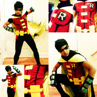 Young Justice Robin Cosplay by KonnorWite