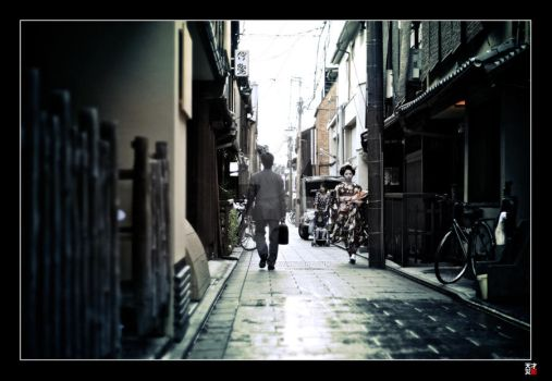 10 Mins in Gion III by tensai-riot
