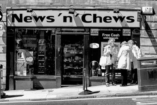 News 'n' Chews, Glasgow by MikeHeard