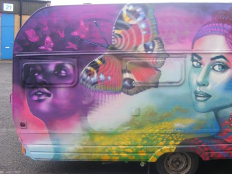more spraypaint on caravan by n4t4