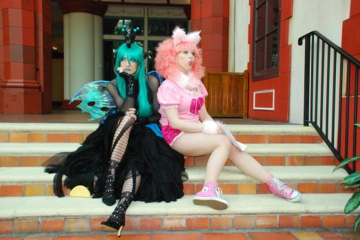 Best Friends, Queen Chrysalis and Fluffle Puff by AngelSamui