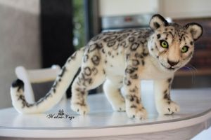 Poseable toy commission Snow Leopard by MalinaToys