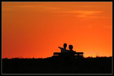 Sunset couple by MatthijsM