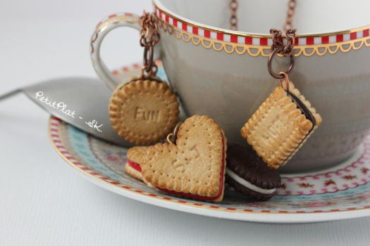 Cookie Necklace - Word or Initials by PetitPlat
