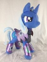 Trixie Plush in Chainmail and Leather Armor by FireflyFarm