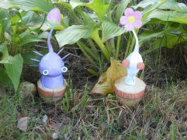 Pikmin Papercraft by picklelicker129