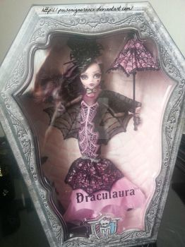 Draculaura Collectors Edition boxed by PoisonIgnorance