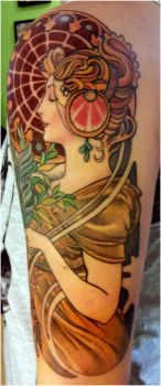 mucha tattoo .le plume by mojoncio