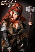 dwarf leather armor female woman by Lagueuse