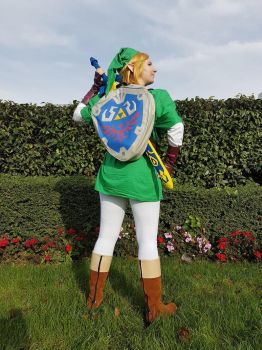 Link Cosplay 2 by Iglybo
