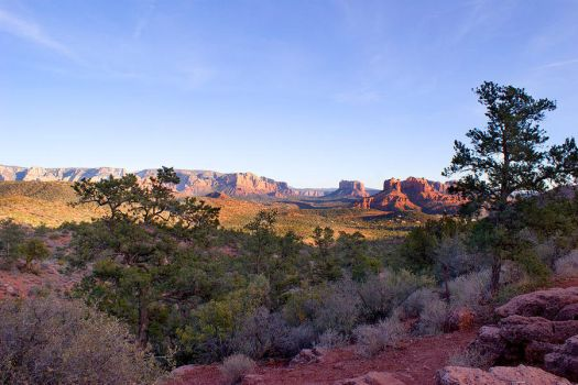 sedona valley sunsetting by floesse