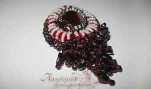 Garnets 1 by AnabellaAt