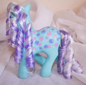 Sweet Tooth Candy Cane Rehair My Little Pony Back by mayanbutterfly