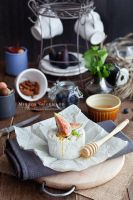 Cheese with honey and figs by MirageGourmand