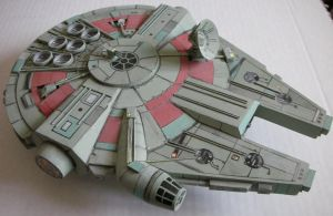 Model of the Millenium Falcon by Rekalnus
