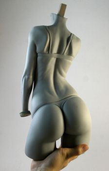 mujer 22 by rieraescultura-art