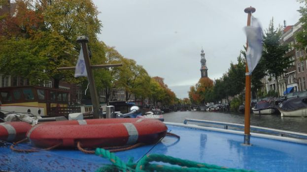 boat tour through amsterdam, on youtube by retmans