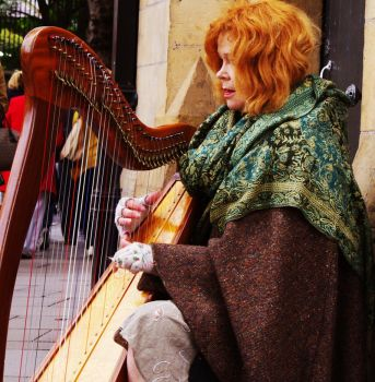 The Harp Player - Part II by CleaLlyfr