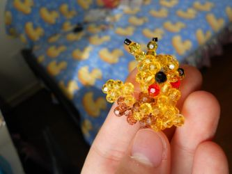 Beaded Pikachu by harksum